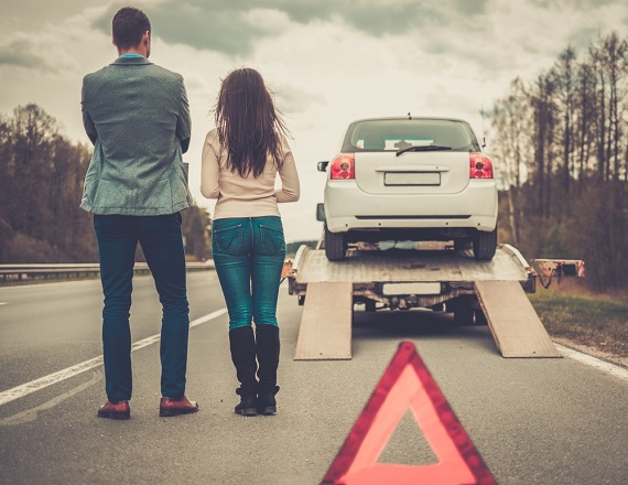 How to avoid rogue tow truck scams